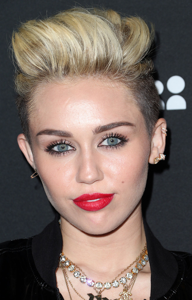 Who Had the Best Beauty Look at the Myspace Event? Vote!