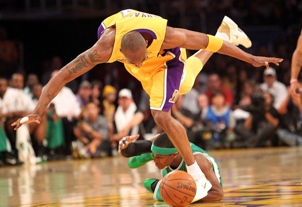 Rajon Rondo Kobe Bryant #24 of the Los Angeles Lakers and Rajon Rondo #9