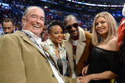 (R-L) Fergie, Snoop Dogg, Shante Broadus and her dad attend the NBA All-Star Game 2018 at Staples Center on February 18, 2018 in Los Angeles, California.