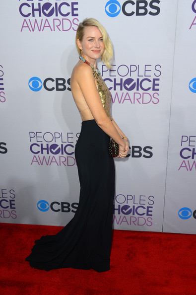Naomi Watts - 39th Annual People's Choice Awards - Red Carpet
