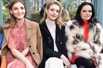 Natalia Vodianova Valentino : Front Row - Paris Fashion Week Womenswear Fall/Winter 2017/2018