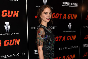 Natalie Portman Serpent's Bite Hosts the New York Premiere of 'Jane Got A Gun' - Arrivals
