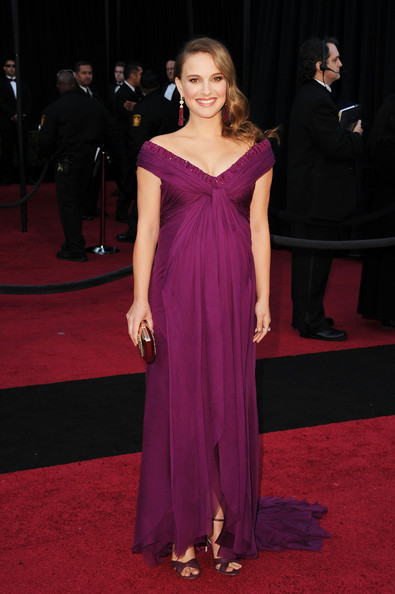 Natalie Portman Actress Natalie Portman arrives at the 83rd Annual Academy Awards held at the Kodak Theatre on February 27, 2011 in Hollywood, California.