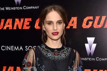 Natalie Portman The New York Premiere of 'Jane Got a Gun' - Arrivals