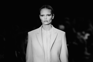 Natasha Poly Alternative View - Paris Fashion Week Womenswear Fall/Winter 2014-2015