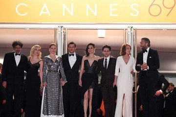 Nathalie Baye Lea Seydoux 'It's Only The End Of The World (Juste La Fin Du Monde)' - Red Carpet Arrivals - The 69th Annual Cannes Film Festival