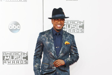 Ne-Yo Arrivals at the American Music Awards — Part 2