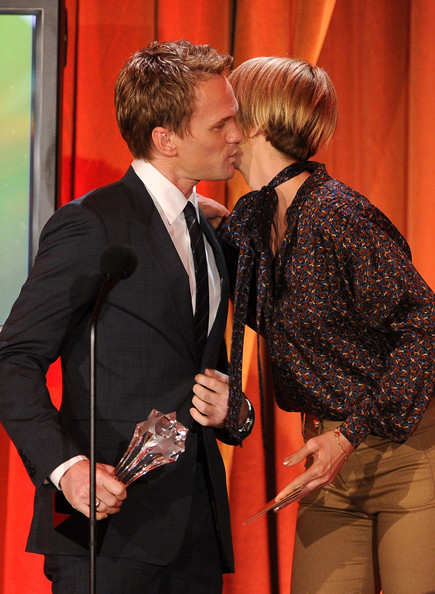 Neil Patrick Harris Actor Neil Patick Harris accepts the awards for Best Supporting Actor in an Comedy Series from actress Jenna Elfman at the Critics' Choice Television Awards at Beverly Hills Hotel on June 20, 2011 in Beverly Hills, California.