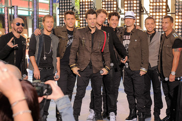 """Donnie Wahlberg Joey McIntyre New Kids On The Block And Backstreet Boys Perform On NBC's """"Today"""""""