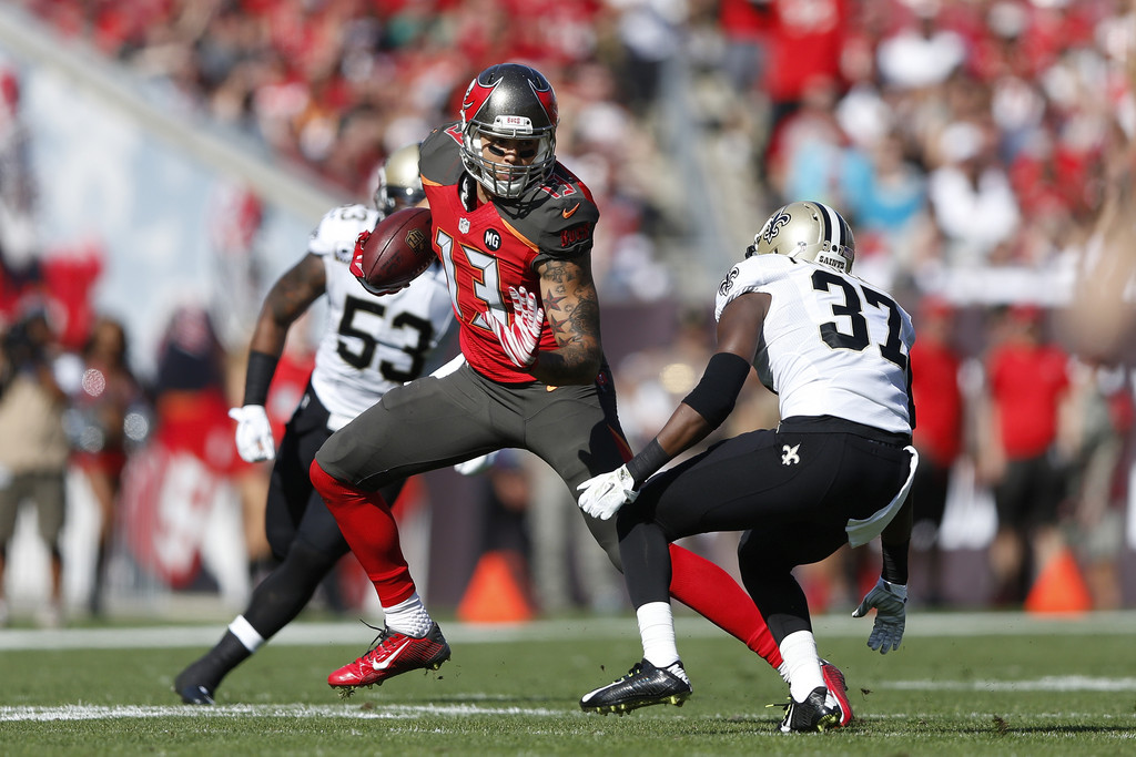 http://www4.pictures.zimbio.com/gi/New+Orleans+Saints+v+Tampa+Bay+Buccaneers+94oXZ9BUkHYx.jpg