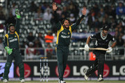 Shahid Afridi of Pakistan appeals unsuccessfully against Grant Elliott of New Zealand during the ICC Champions Trophy 2nd Semi Final match between New Zealand and Pakistan played at Wanderers Stadium on October 3, 2009 in Johannesburg, South Africa.