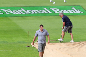 Simon Doull New Zealand v South Africa - 3rd Test: Day 1