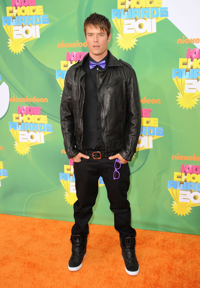 Actor Josh Duhamel arrives at Nickelodeon's 24th Annual Kids' Choice Awards at Galen Center on April 2, 2011 in Los Angeles, California.