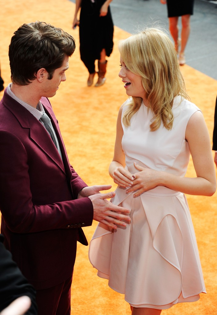 Emma Stone and Andrew Garfield at the Kids' Choice Awards ...