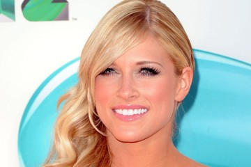 Kelly Kelly Nickelodeon's 25th Annual Kids' Choice Awards - Arrivals