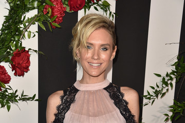 Nicky Whelan LAND of distraction Launch Event - Red Carpet