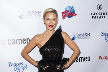 Nicky Whelan 4th Annual Vanderpump Dog Foundation Gala