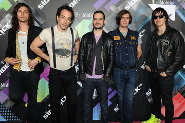 Nikolai Fraiture T-Mobile Celebrates The Launch Of The New Sidekick 4G - Magenta Carpet