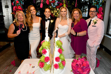 """Nina Agdal Nina Agdal And Sara & Erin Foster Celebrate """"Knot-A-Real-Wedding"""" In Honor Of Conair's The Knot Dr. Detangling Brush In NYC"""