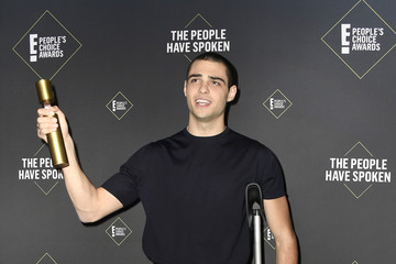Noah Centineo 2019 E! People's Choice Awards - Press Room