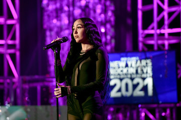 Noah Cyrus Entertainment  Pictures of the Month - December 2020