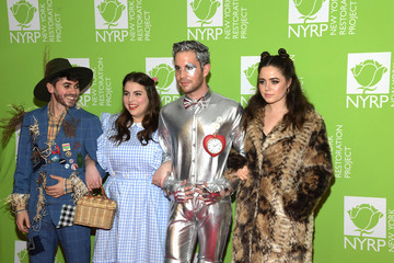 Noah Galvin Molly Gordon Bette Midler's Hulaween To Benefit NYC Restoration Project