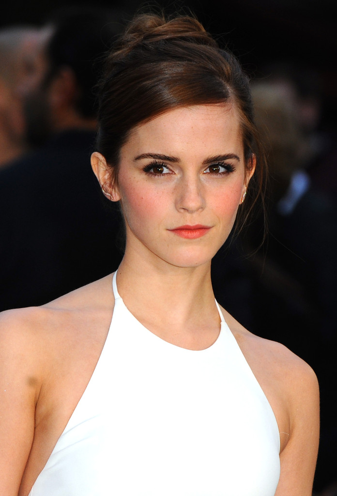 Emma Watson Photos Photos Noah Premieres In London Part 3 Zimbio