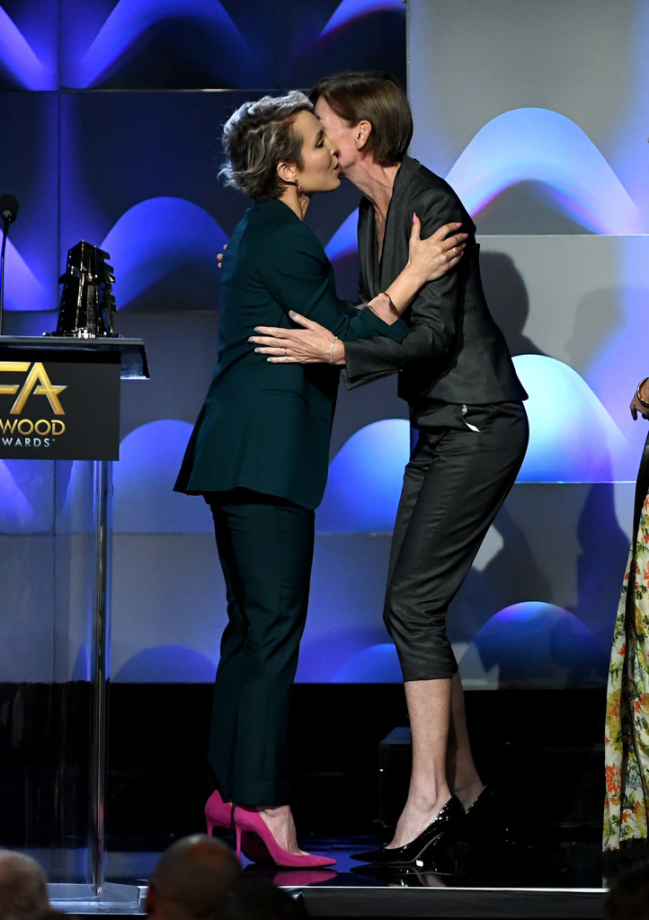 http://www4.pictures.zimbio.com/gi/Noomi+Rapace+21st+Annual+Hollywood+Film+Awards+1SRL0CC6kfOx.jpg