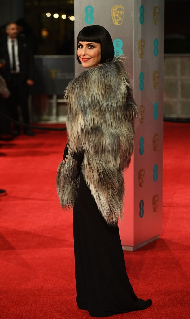 http://www4.pictures.zimbio.com/gi/Noomi+Rapace+EE+British+Academy+Film+Awards+TRmMnSGEogax.jpg