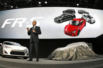 Jack Hollis North American Int'l Auto Show Features Latest Car Models From Around The World