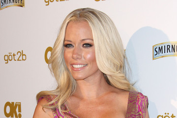 View Kendra Wilkinson Pictures ?. Featured Stories