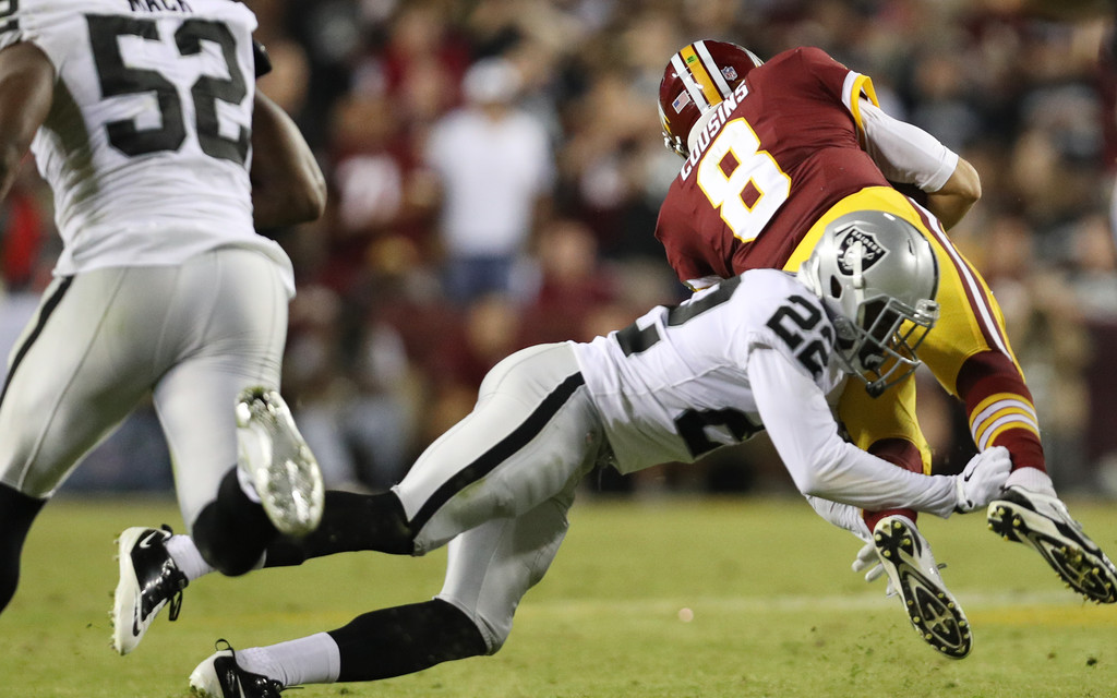 http://www4.pictures.zimbio.com/gi/Oakland+Raiders+v+Washington+Redskins+2Ryzt7HwLYxx.jpg
