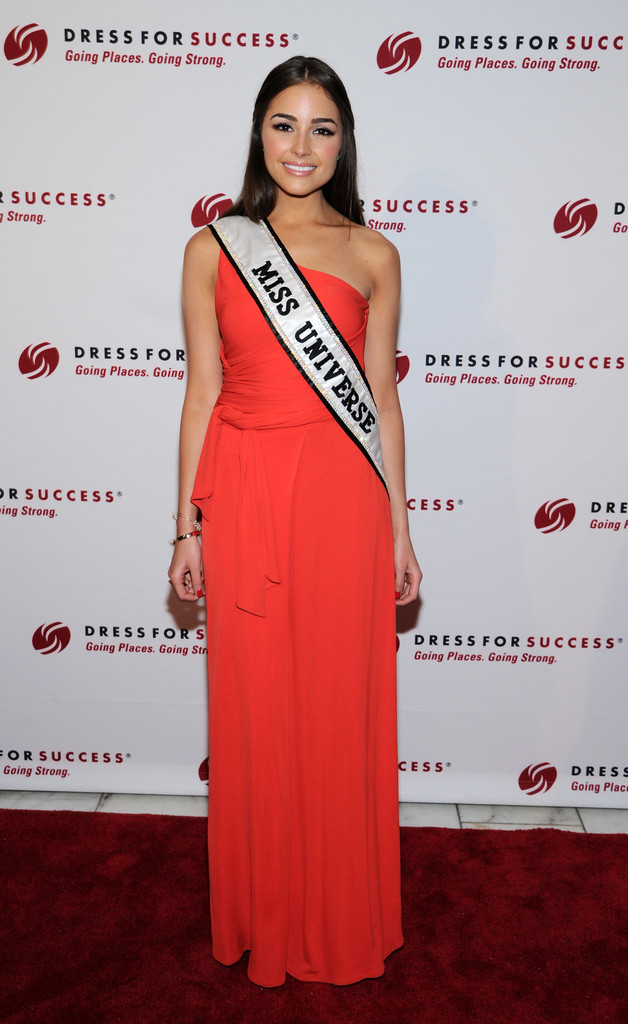olivia culpo, miss universe 2012. - Página 31 Olivia+Culpo+Dress+Success+Honors+Mothers+PbfPcEkj9F2x