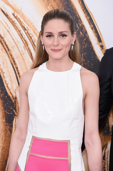 2016 CFDA Fashion Awards - Arrivals [hair,white,clothing,beauty,hairstyle,fashion,pink,dress,premiere,fashion model,arrivals,olivia palermo,hammerstein ballroom,new york city,cfda fashion awards]