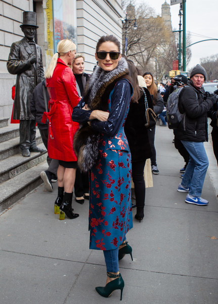 Olivia Palermo Photos Photos - Street Style - New York