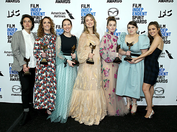 2020 Film Independent Spirit Awards  - Best Of Gallery [booksmart,fashion,event,premiere,dress,fashion design,carpet,red carpet,fun,flooring,haute couture,jessica elbaum,chelsea barnard,billie lourd,beanie feldstein,katie silberman,best of gallery,l-r,press room,film independent spirit awards,olivia wilde,35th independent spirit awards,the farewell,marriage story,booksmart,indie film,film director,producers guild of america award,academy awards,independent spirit award for best feature]