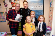 Olly Murs Delivers Gifts For Amazon Prime Now