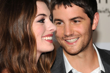 "Anne Hathaway Jim Sturgess ""One Day"" New York Premiere - Inside Arrivals"