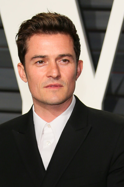 http://www4.pictures.zimbio.com/gi/Orlando+Bloom+2017+Vanity+Fair+Oscar+Party+xUCfucdJpMsl.jpg