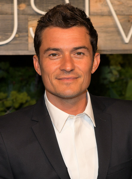 http://www4.pictures.zimbio.com/gi/Orlando+Bloom+H+Conscious+Exclusive+Dinner+13tS64jqLl2l.jpg