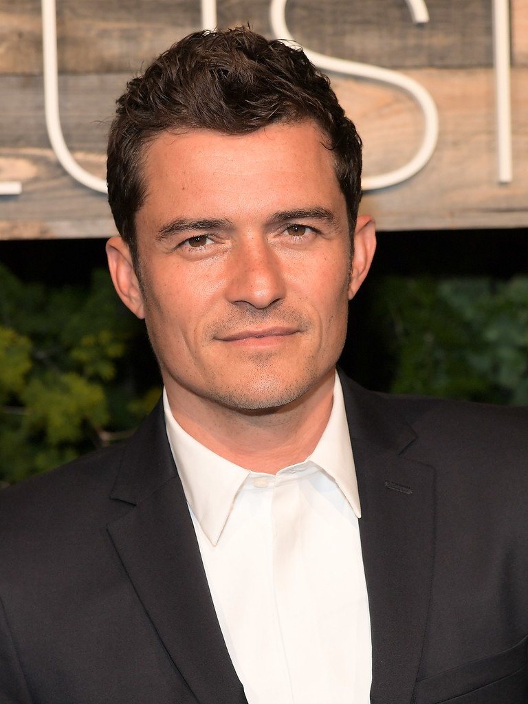 http://www4.pictures.zimbio.com/gi/Orlando+Bloom+H+Conscious+Exclusive+Dinner+LOuCvK5XOplx.jpg