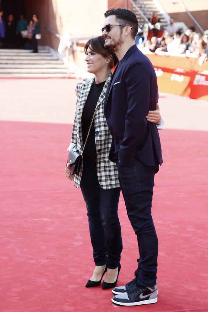 http://www4.pictures.zimbio.com/gi/Orlando+Bloom+Romans+Red+Carpet+12th+Rome+PL-qNE-274_x.jpg