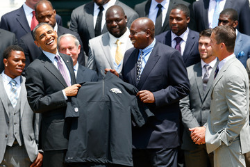 Ozzie Newsome Barack Obama Welcomes the Baltimore Ravens