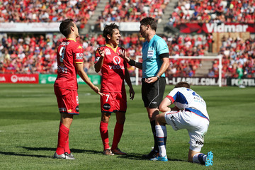 Pablo S?nchez Alberto A-League Rd 17 - Adelaide v Newcastle