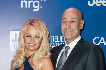 Pamela Anderson 4th Annual Sean Penn & Friends HELP HAITI HOME Gala Benefiting J/P Haitian Relief Organization - Arrivals