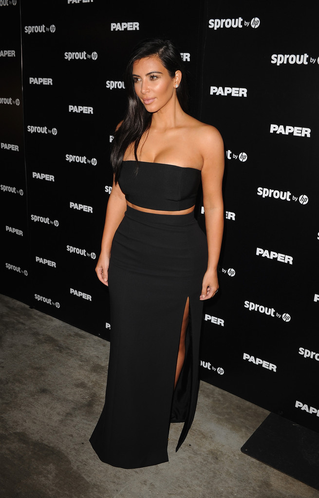Kim kardashian pictures arrivals at the break the internet issue