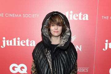 Parker Posey The Cinema Society With Avion and GQ Host a Screening of Sony Pictures Classics' 'Julieta' - Arrivals