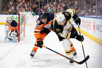 Patrice Bergeron Boston Bruins vs. Edmonton Oilers