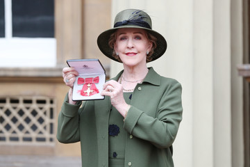 Patricia Hodge Investitures at Buckingham Palace