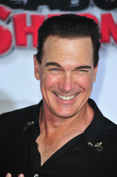 how tall is patrick warburton